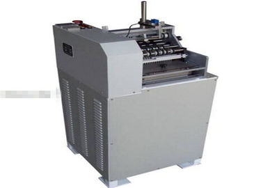 ประเทศจีน Round Bottle Hot Glue Automatic Labeling Machine With Papery Labels โรงงาน